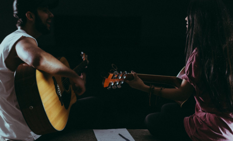 Best Institutes For Guitar Classes In Panchkula