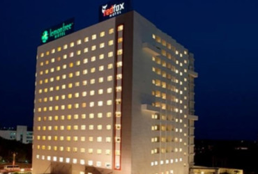 Red Fox Hotel Chandigarh 2